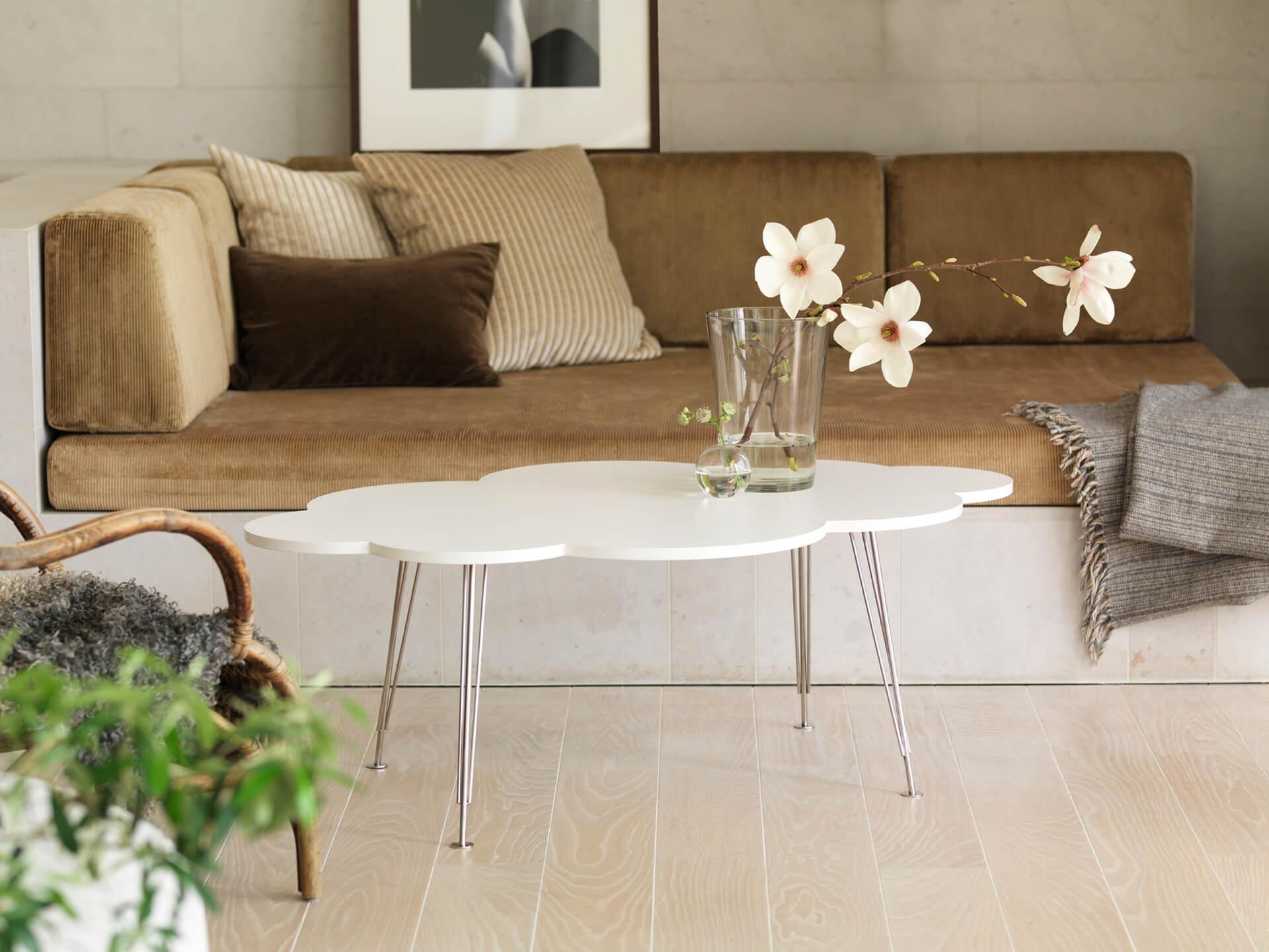 The Cloud Table – Molnbordet – magnolia